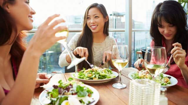 Lista de alimentos saudáveis: os sete melhores alimentos para seus dentes
